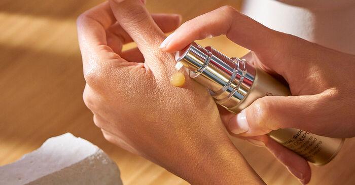 descubre qué cuidados necesita tu piel con el cambio de estación - Natura Bissé